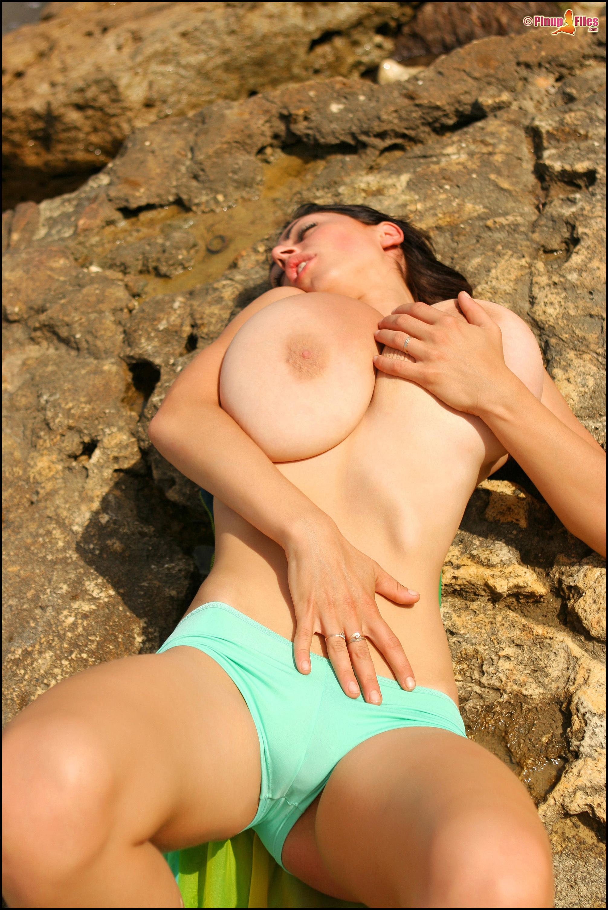 Смотреть лучшее порно про сиськи 21 фотография