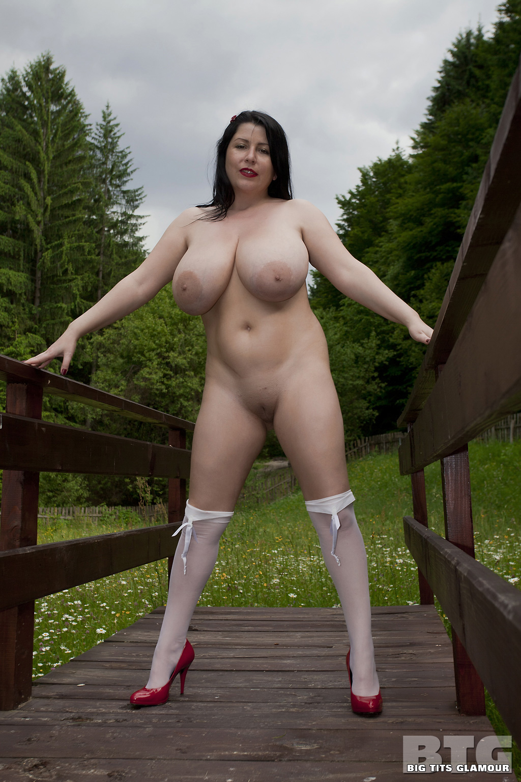 adult-big-tits-stocking-natalie-fiore-television