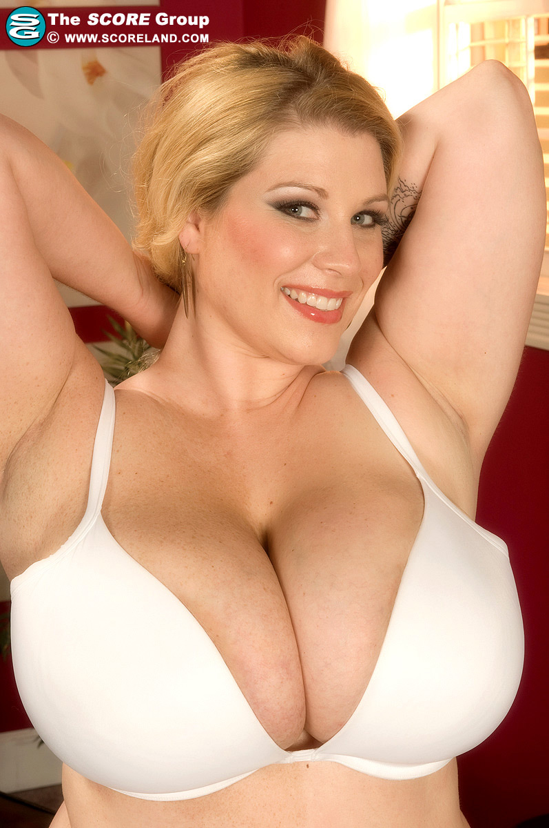 The Big Breast Archive: Renee Ross.